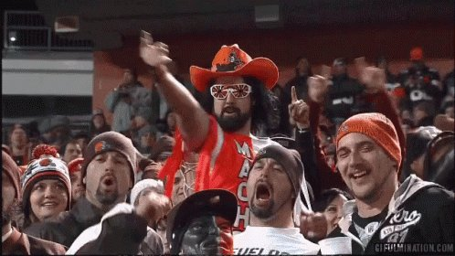The #DawgPound is LOSING ITS COLLECTIVE MINDS RIGHT NOW!!! @AndyMc81 #Browns #CLEvsKC #DivisionalRound #NFLPlayoffs #NFLTwitter