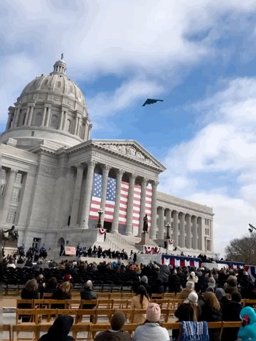 One of the great sights at today's inauguration of @GovParsonMO.