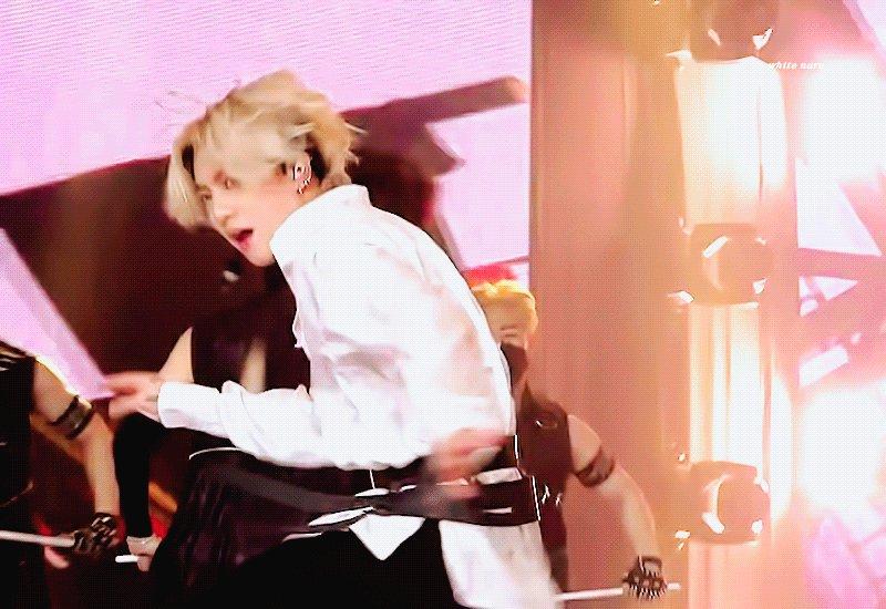 My boy 🐰💜 #상탄소년단 #방탄소년단 #BTS #JUNGKOOK #jungkook #Jungkook #JEONJUNGKOOK #JK #BlondJungkook #HAPPYJKDAY #BLONDEJUNGKOOK #jungkook #정국 #금발정국 #정국금발 @BTS_twt