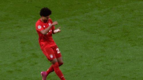 RT @FCBayernEN: SERGE SCORES ⚡  🔴⚪🔵 #KSVFCB 0-1 (14') https://t.co/LJkKMqV4HZ