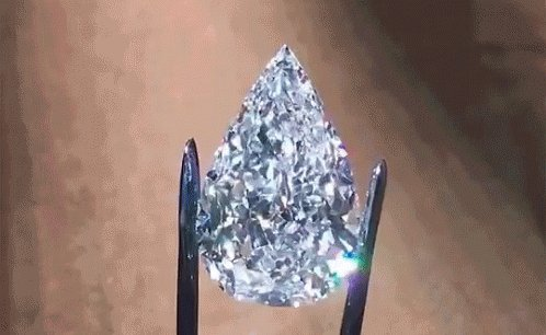 Diamonds. I love diamonds!🤩 https://t.co/246bIdPJUW