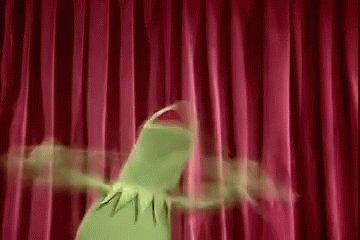 "Paren todo. Paren todo!!!  ""Los Muppets"" estará en Disney Plus a partir del 19 de febrero.  All five seasons of ""The Muppet Show"" will be available to stream on Disney Plus on Feb. 19 #Disney #TheMuppetShow #DisneyPlus"