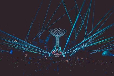 Ça donne clairement envie d'être sur place et danser toute la nuit  #FunRadioLiveStreamExperience