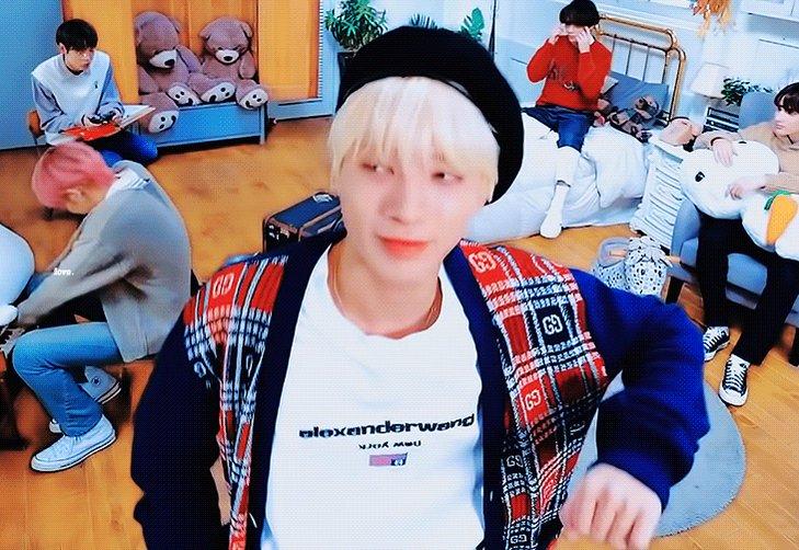 mom I love him so much tweet✨💙 #taehyun @TXT_members