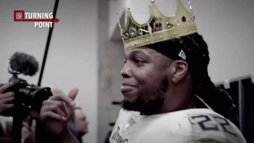 This gif of Derrick Henry on the throne of Buckingham Palace