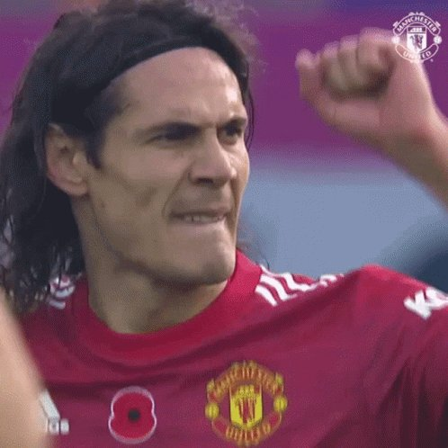 There's simply no excuse for Ole to play Martial or Rashford ahead of  Cavani up front!! Cavani was brilliant, ran and put pressure on in the whole game! Ole is clueless if he drops him now!! #Cavani #MUFC #Rashford #Martial #FULMUN