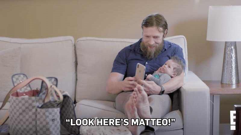 Replying to @totalbellas: This is how I want all my FaceTime calls answered #TotalBellas