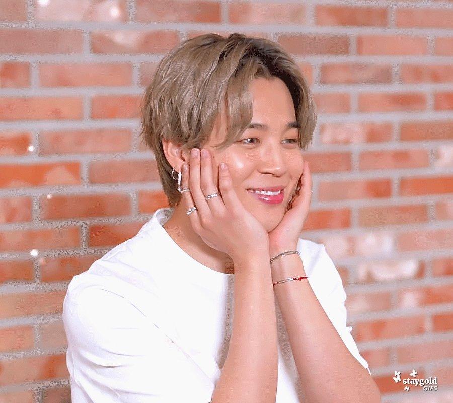 Lovely Jimin 🥰 #JIMIN #BTS #지민 #방탄소년단 @BTS_twt