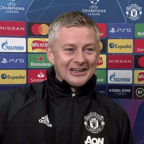 🤕 Both Kevin De Bruyne (4-6 weeks) and Jamie Vardy (a few weeks) have been ruled out through injury  Fantasy managers everywhere are sweating on their fitness  Ole, meanwhile...   🤣🤕  #PremierLeague #MUFC