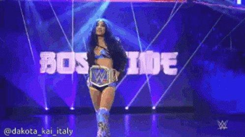 Loooooovvvveeeee that BO$$! 💙🤩💙 @SashaBanksWWE  #BOSSTIME #SmackDown