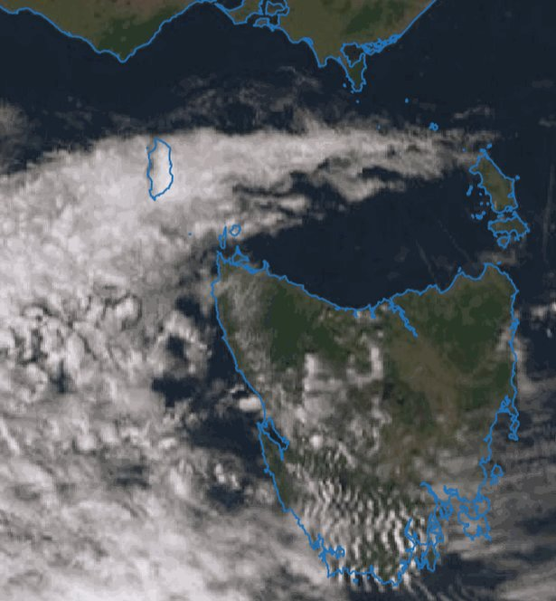 Check out what is happening to the cloud around King Island this afternoon. The land warming up, air drying out and a slight westerly wind is causing the cloud to dissipate, but in a fancy way.  #Tasmania #Weather