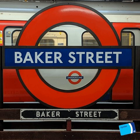 🚇🧑‍🍳⁠ Did you know: Baker Street station has more platforms than any other on the network 🤓