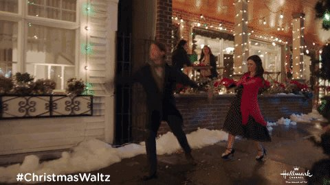 @sweetbugaboo2 @hallmarkchannel It was a new #CountdowntoChristmas movie in 2020 which debut Thanksgiving weekend. It's a wonderful movie. Hope you can catch it the next time it airs on @hallmarkchannel ❤️🎄 #ChristmasWaltz
