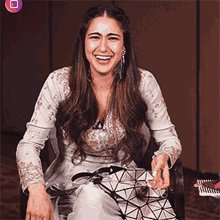 Remember when #SaraAliKhan said she struggled because she walked up to #RohitShetty and begged for a movie 🙄 The privilege she has makes me piss laugh 😂😂  An outsider wouldn't be able to just walk up to Rohit Shetty like that.  @iamsrk @BeingSalmanKhan @akshaykumar @Varun_dvn