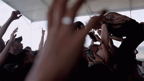 DREAM POST-PANDEMIC US TOUR LINEUP:  @UNDEROATHBAND  @ATREYUOFFICIAL @WAGEWAR @AVOIDKICKSASS  WHO SAYS NO?