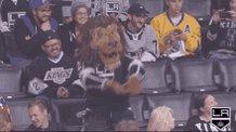 Let's Go Kingsss 🔥🔥🔥  Let's Cash This +180 play 🍾  #GamblingTwitter #freetips  #NHLPicks  #LAKings #stlblues   #Isles   #NJDevils  #LetsGoOilers   #AnytimeAnywhere   #NHLBruins  #BettingToWin #BettingSuccess #Giveaway