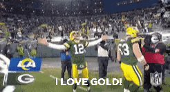2020 was an all around shitty year.  #ThankYouAaron and all of the @packers for giving us something to look forward to and something to cheer about every week.    #GoPackGo  #ilovegold     💚💛💚