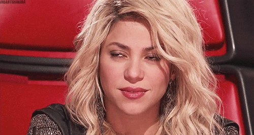 Happy birthday to Shakira who never ages and it\s obnoxious.
