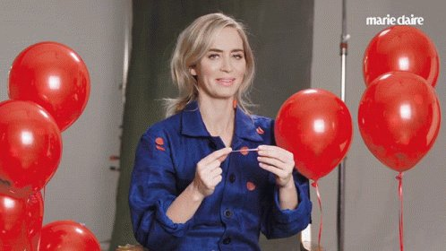 When i grow up, i just want to be Emily Blunt.  happy birthday to this talented queen