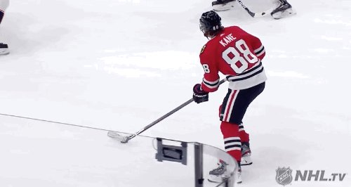 @NHLBlackhawks's photo on debrincat