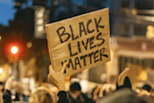 @ResistanceInRed Yes #BlackLivesMatter