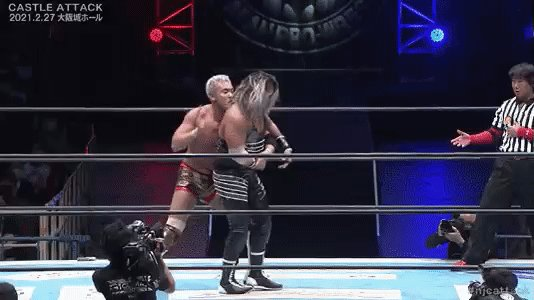 "And just like that ""Rainmaker"" Kazhuchika Okada gave Evil his best  match of 2021. #njcattack #njpw"