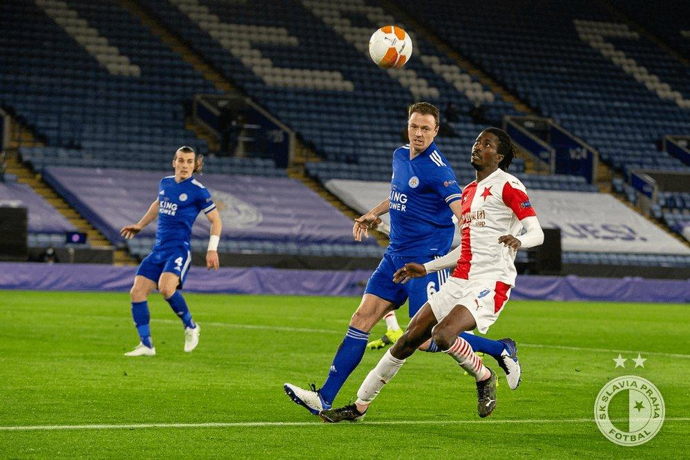 Poznáte, čemu předcházel tenhle moment v zápase s Leicesterem? 🤔 #UEL #leisla https://t.co/cXTQOcMtqL