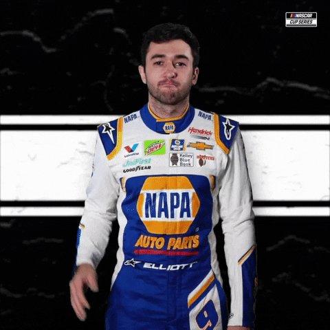 NEW LEADER: @chaseelliott   #NASCAR // #DixieVodka400