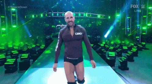 @WWECesaro @WWEonFOX Cesaro Walking Down Wrestlemania Like #SmackDown #WrestleMania