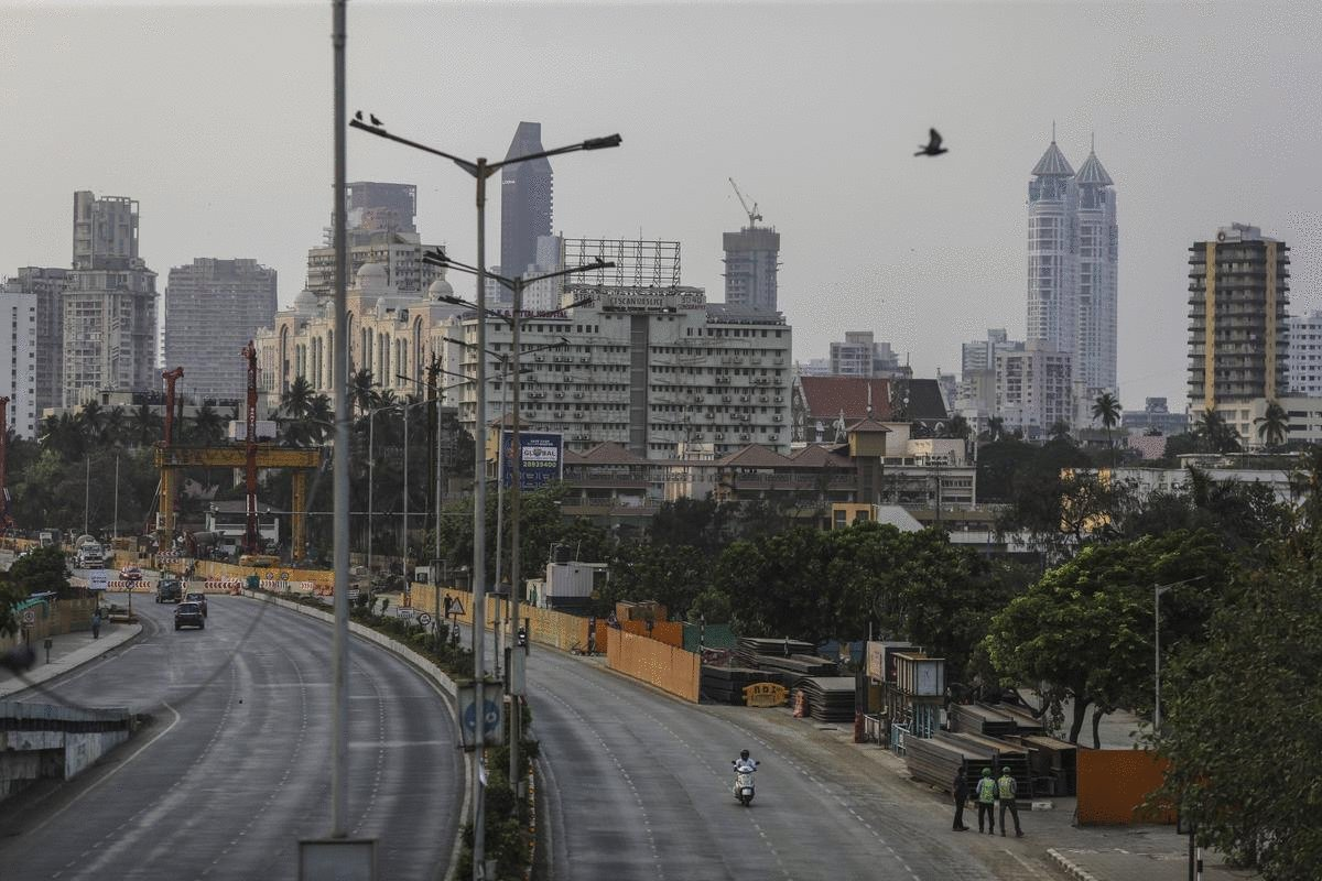 Deserted Streets Raise Alarm Over India's Fuel Demand Recovery Photo